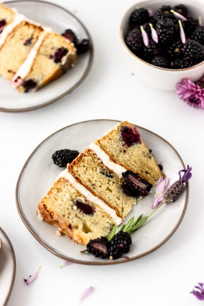 blackberry lavender cake layers