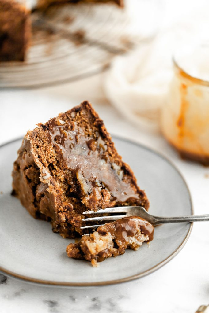easy apple pecan cake with butterscotch sauce