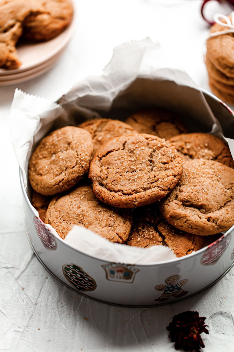ginger molasses cookies in cookie gift box