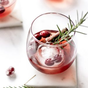 easy holiday cocktail with empress 1908 gin