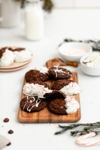 chocolate dipped peppermint cookie