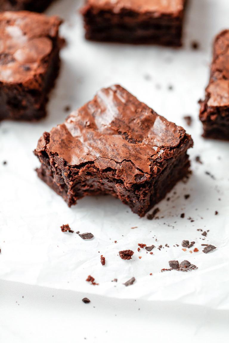 fudgy malted chocolate brownie bite