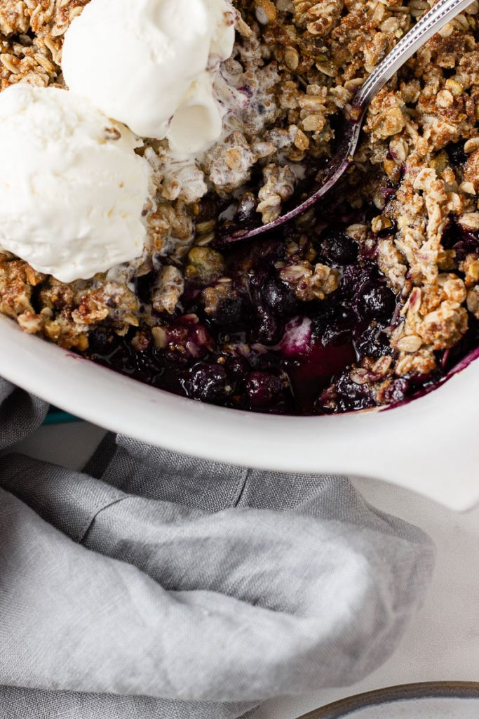 blueberry crisp using frozen blueberries